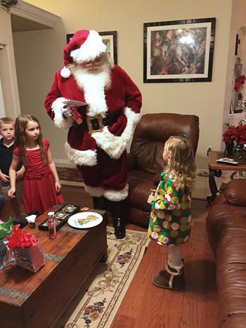 Santa Randy with kids2